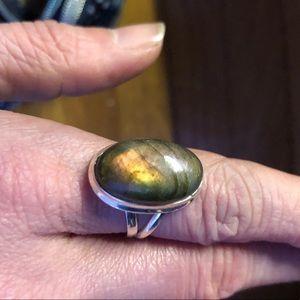 Jewelry - New Beautiful Labradorite Ring. Size 7-7.5colorful
